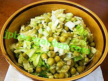 Прости и вкусни салати от китайско зеле и грах от консерви