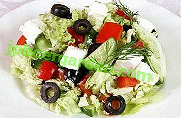 Einfacher und leckerer griechischer Salat mit Pekinger Kohl: ein klassisches Rezept und 3 Möglichkeiten zur Abwechslung
